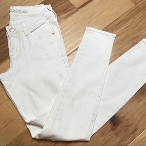 Old Navy Rockstar white jeans Sz 4